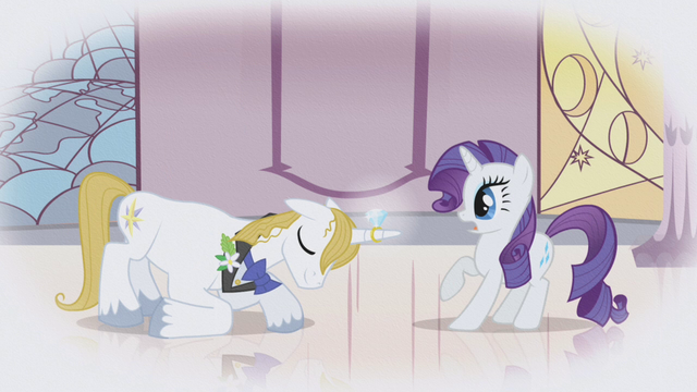 File:Blueblood proposing to Rarity S1E03.png
