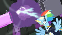 Rainbow creates lightning storm S4E06