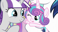 Flurry Heart trying to reach for her grandmother S6E2