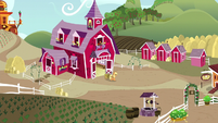 Sweet Apple Acres wide-angle exterior S5E3