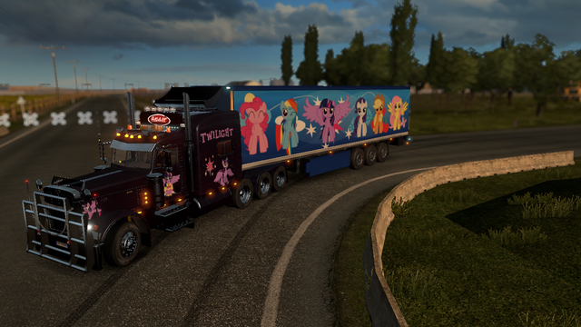 File:FANMADE ETS2 Peterbilt 389 Twilight Skin 4.png