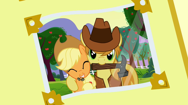 File:Photo album 2 (Braeburn and Applejack) S3E8.png