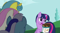 Twilight tells the girls that she has to study S5E12