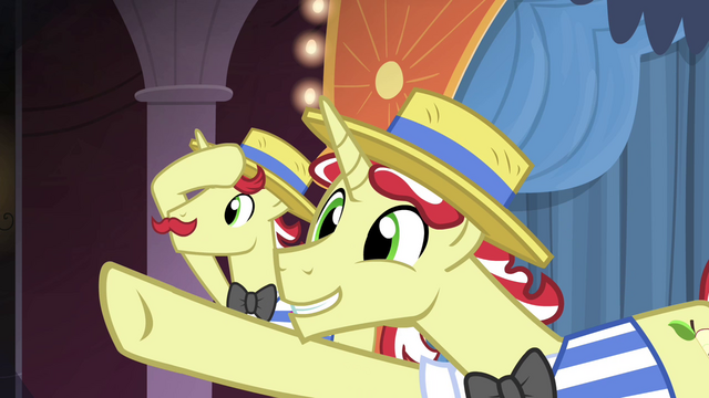 """File:Flim """"before your very eyes"""" S4E20.png"""