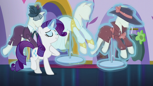 File:Rarity levitating mannequins S5E15.png