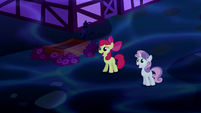 Apple Bloom and Sweetie Belle impressed S5E13