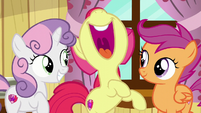 "Apple Bloom pops out ""E..."" S6E4"