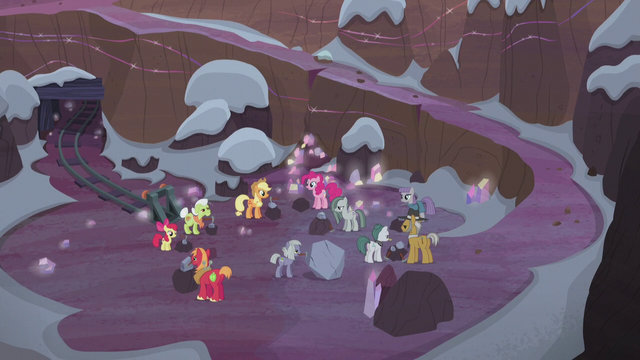 File:Apples and Pies in the rock quarry S5E20.png