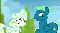 Sky and Vapor awkward around each other S6E24