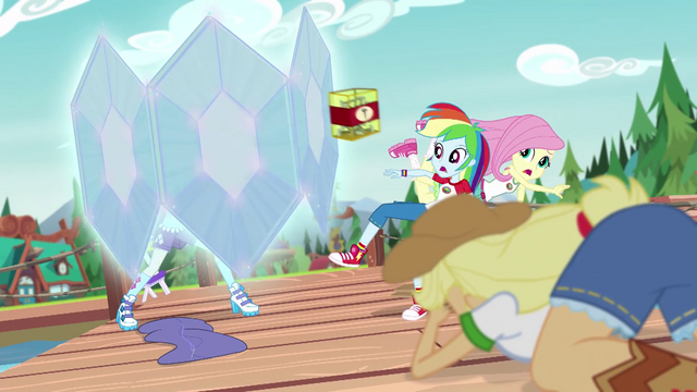 File:Rarity makes a force field EG4.png