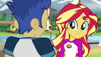 Sunset Shimmer looking behind Flash Sentry EG4