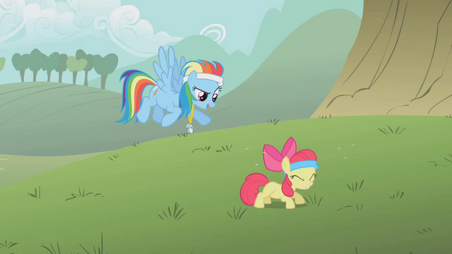 File:Apple Bloom doing pushups S1E12.png