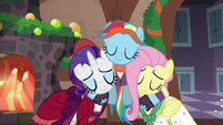 Snowdash hugging Merry and FlutterhollyS6E8