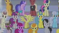Crowd shocked at Spike's singing 2 S4E24