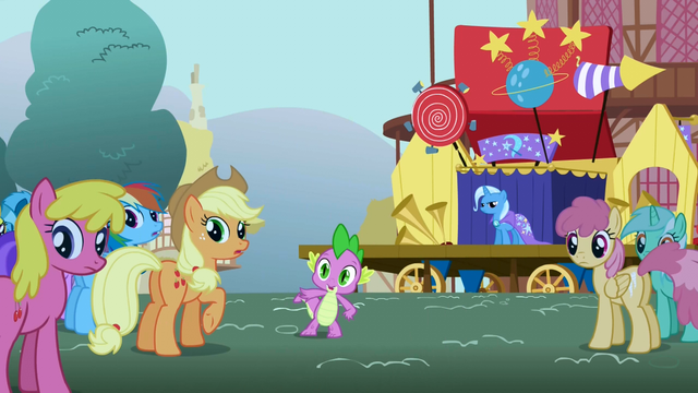 File:Everyone watches Twilight run away S1E06.png