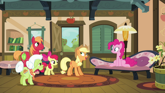 File:Pinkie Pie talking with Apple family S4E09.png