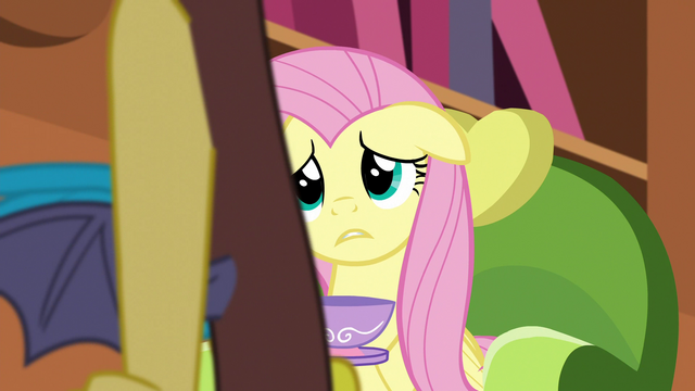 File:Discord crosses in front of Fluttershy S5E7.png