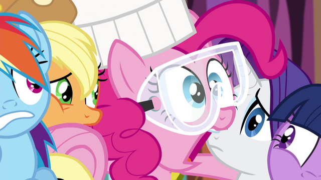 "File:Pinkie Pie ""I gotta get out of here!"" S4E18.png"