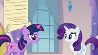 Twilight talking to Rarity S03E12