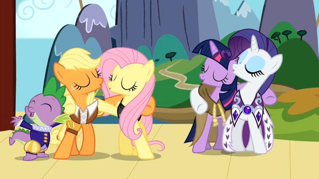 File:Spike, Applejack, Fluttershy, Twilight and Rarity singing S02E11.png