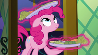 Pinkie's snacks levitated by Twilight S5E19
