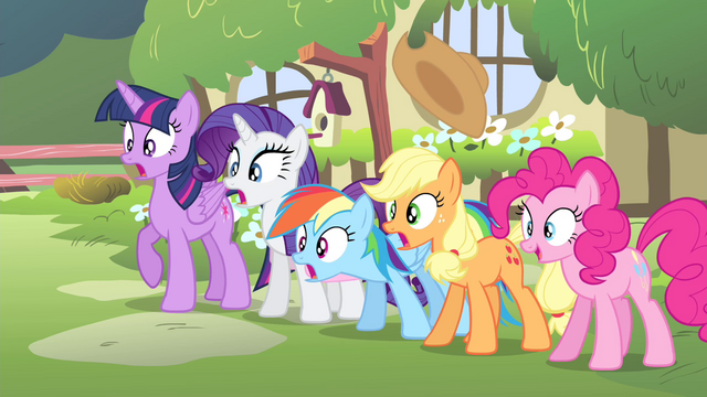 File:Fluttershy's friends shocked S4E14.png