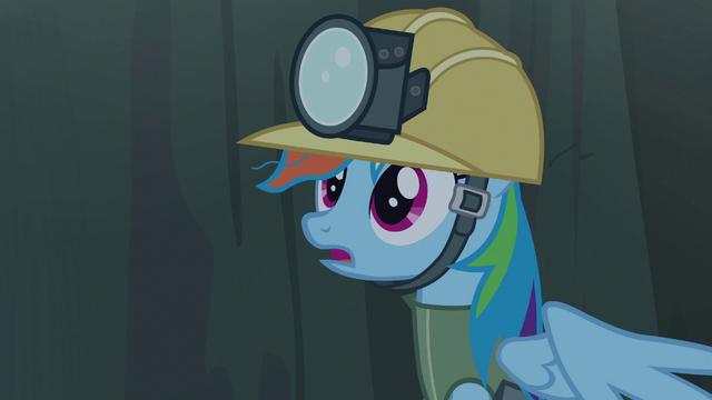 File:Rainbow hears Gilda's voice S5E8.png