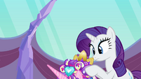 Rarity finishing Cadance's mane S03E12