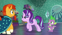 Starlight smiles at Sunburst while he backs up S6E2