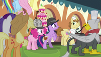 Twilight telling the others S2E24