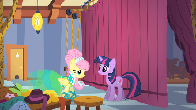 File:Fluttershy and Twilight backstage S1E20.png