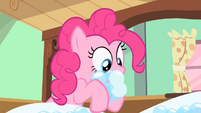 Pinkie Pie getting more bubbles S2E13