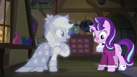 "The Spirit of Hearth's Warming Past ""and me"" S06E08"