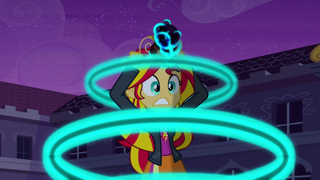 File:Sunset Shimmer crown surges with power EG.png