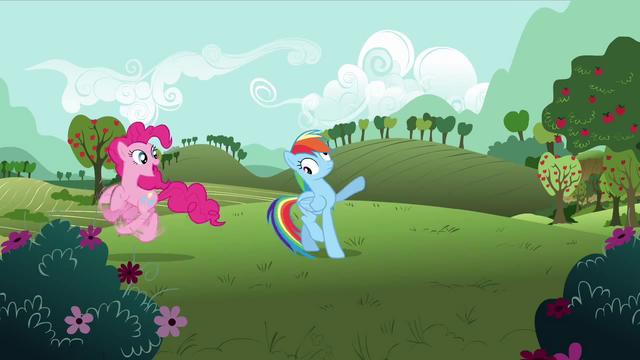 File:Pinkie Pie 'Gotta go!' S3E3.png