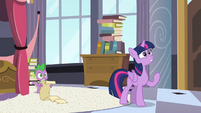 Twilight worried 2 S4E01