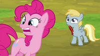 "Pinkie Pie stretches ""reeeeaaaally"" S4E22"