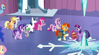 The other ponies gathering around S6E2