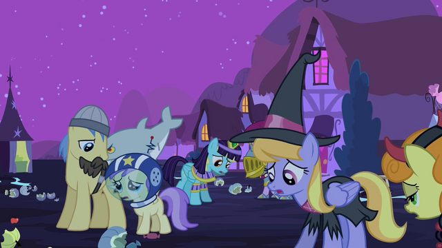 File:Ponies depressed S2E04.png