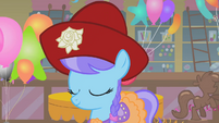 Lily Dache with hat S1E12