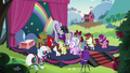 Rara surrounded by schoolponies S5E24.png