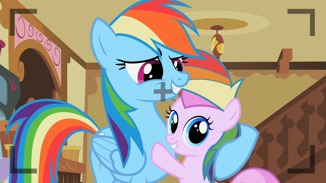 File:Rainbow Dash with Piña Colada S2E8.png