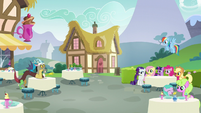 Discord poofs to another cafe table S5E22