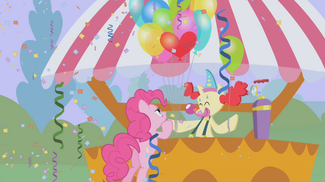File:Pinkie Pie getting balloons S1E03.png
