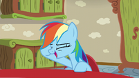 Rainbow Dash laughing S6E11
