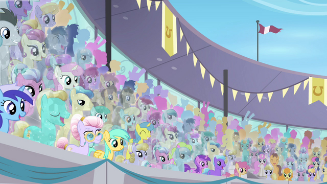 File:Amethyst Maresbury in the crowd S4E05.png