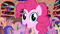 Pinkie Pie surprise! S01E01