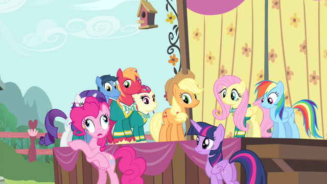 "File:Pinkie Pie ""didn't look completely petrified"" S4E14.png"