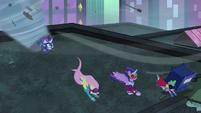 Power Ponies sucked into tornado S4E06