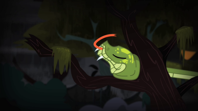 File:Chimera's snake head stuck onto tree S4E17.png